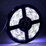 5050 SMD Epoxy Waterproof Horse Race Flashy White LED Light Strip with 12V 5A Power Supply, 30 LED/m and Length: 5m