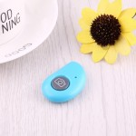 For Android 4.2.2 or Newer and IOS 6.0 or Newer Bluetooth Photo Remote Shutter for Smartphone(Blue)
