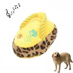 Flip Flops Shape Squeaky Pet Toy, Random Color Delivery