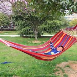Outdoor Rollover-resistant Single Person Canvas Hammock Portable Beach Swing Bed with Wooden Sticks, Size: 200 x 80cm(Red)