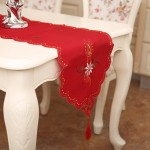 Embroidered Hollow Santa Desk Runner Christmas Party Decoration, Size: 40x170cm